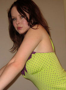 Red Headed Teen Shows Off Her Tight Round Ass In Green Panties - Picture 7